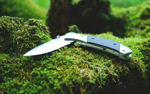 le-meilleur-couteau-de-survie