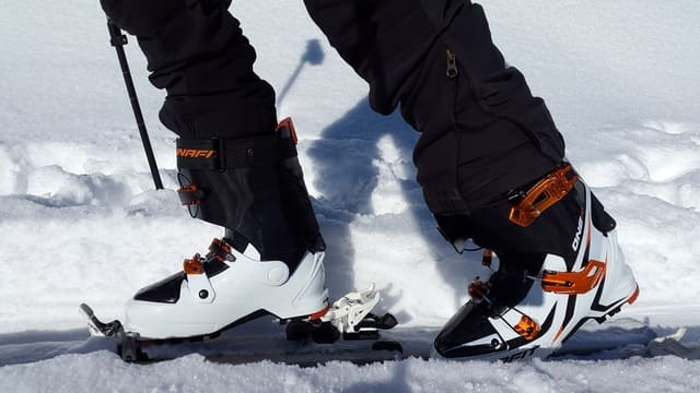 chaussures-de-ski-de-fond