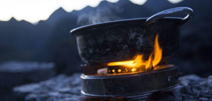 meilleures-poeles-et-casseroles-pour-le-camping